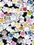 Színes virág gyermek-gomb hátul varró vegyesen  14 mm, 29 Ft/ db (100db/cs)