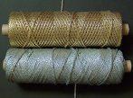 Szövött arany vagy ezüst lurexes elegáns zsinór, 4 mm-es.  139  Ft/m  (7397/4) ( 100 méteres)