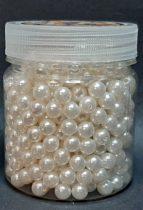 Dekor gyöngy 8 mm, krém/ekrü 110 gr. (~ 500 db) 1750 Ft/tégely