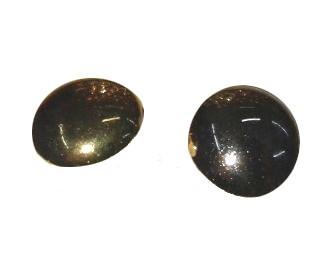 Műanyag hátul varró arany vagy ezüst színű sima felületű lapított pityke gomb, 11 mm (18-as), 26 Ft/db  (25 db-tól)